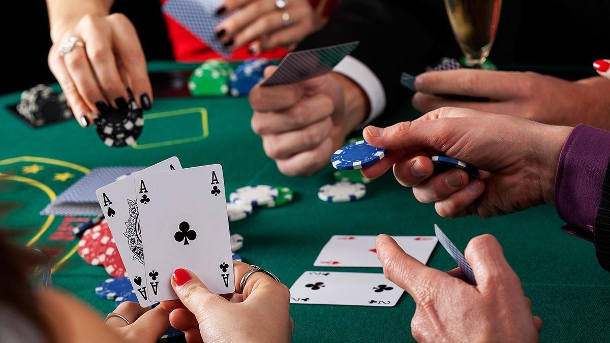 Де грати українцям: найкращі покерні руми