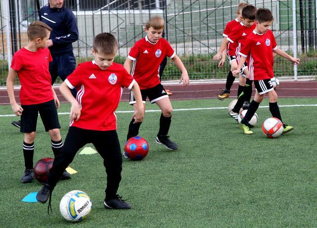 Как стать хорошим футболистом и построить карьеру в профессиональном спорте