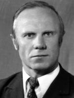 ГЛУХАРЬОВ Владислав